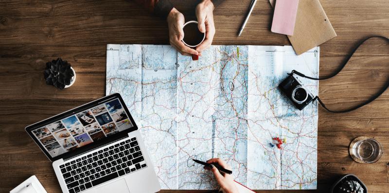 Como gerir os gastos de viagens em grupo
