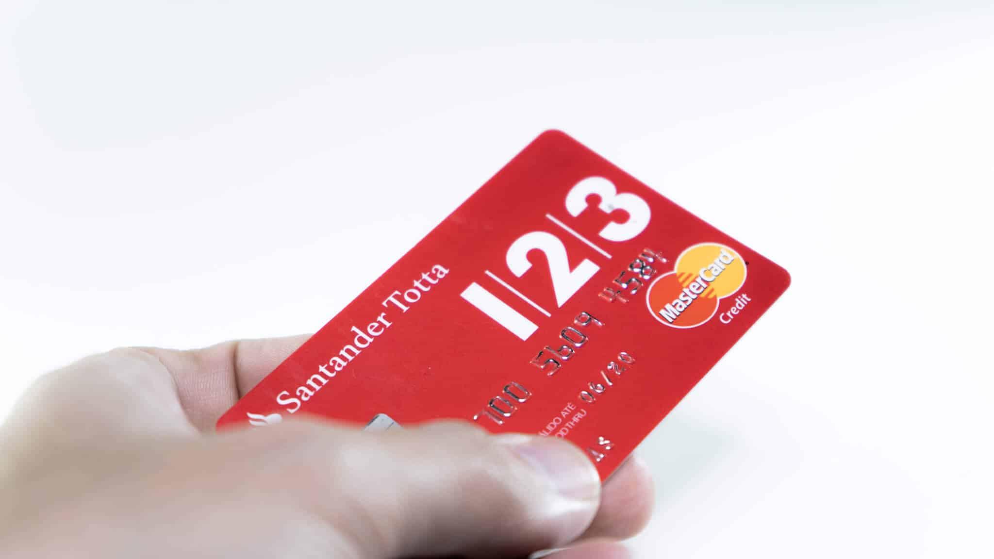 cartão de crédito vermelho 123 do santander