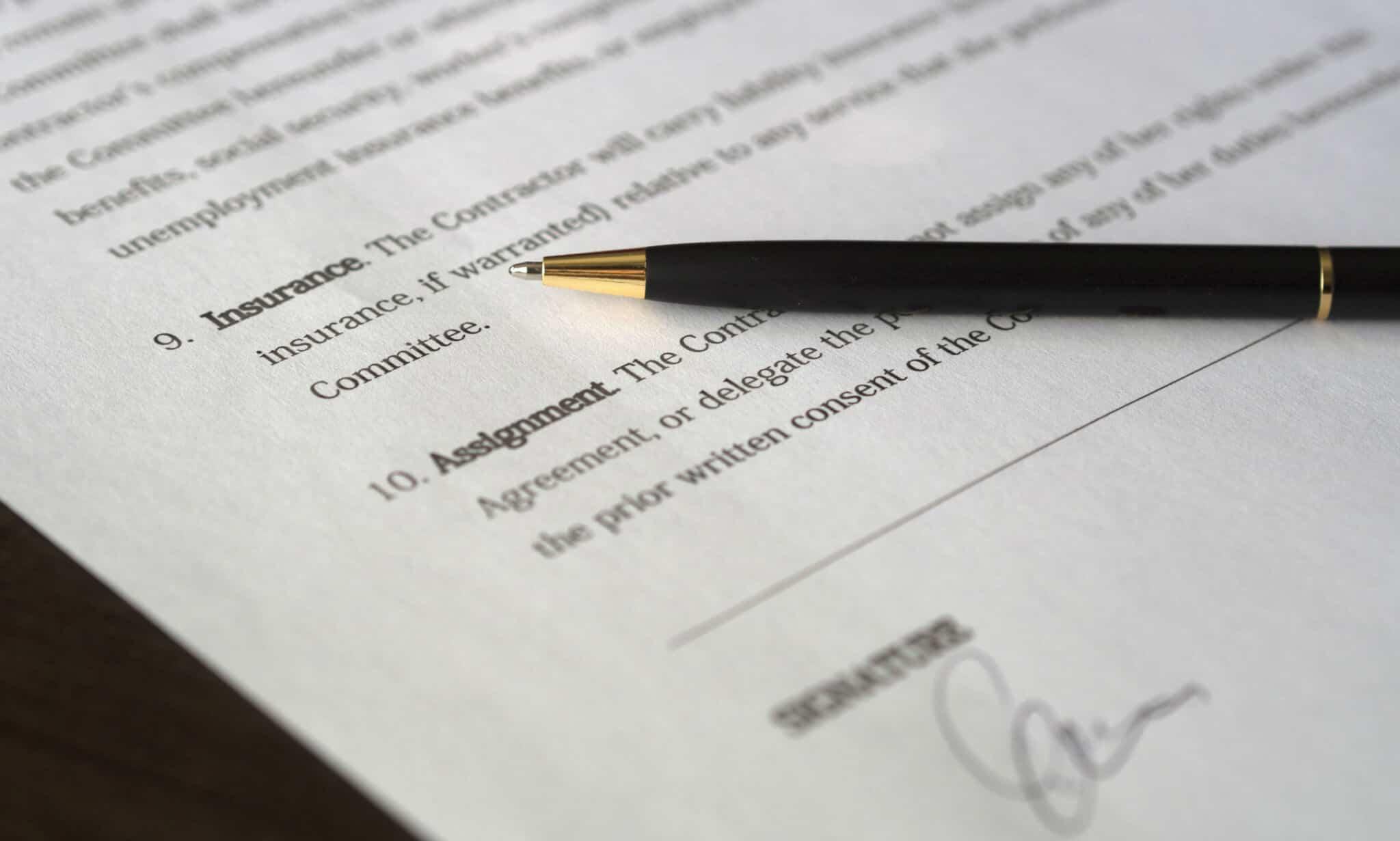 cpcv contrato em cima da mesa