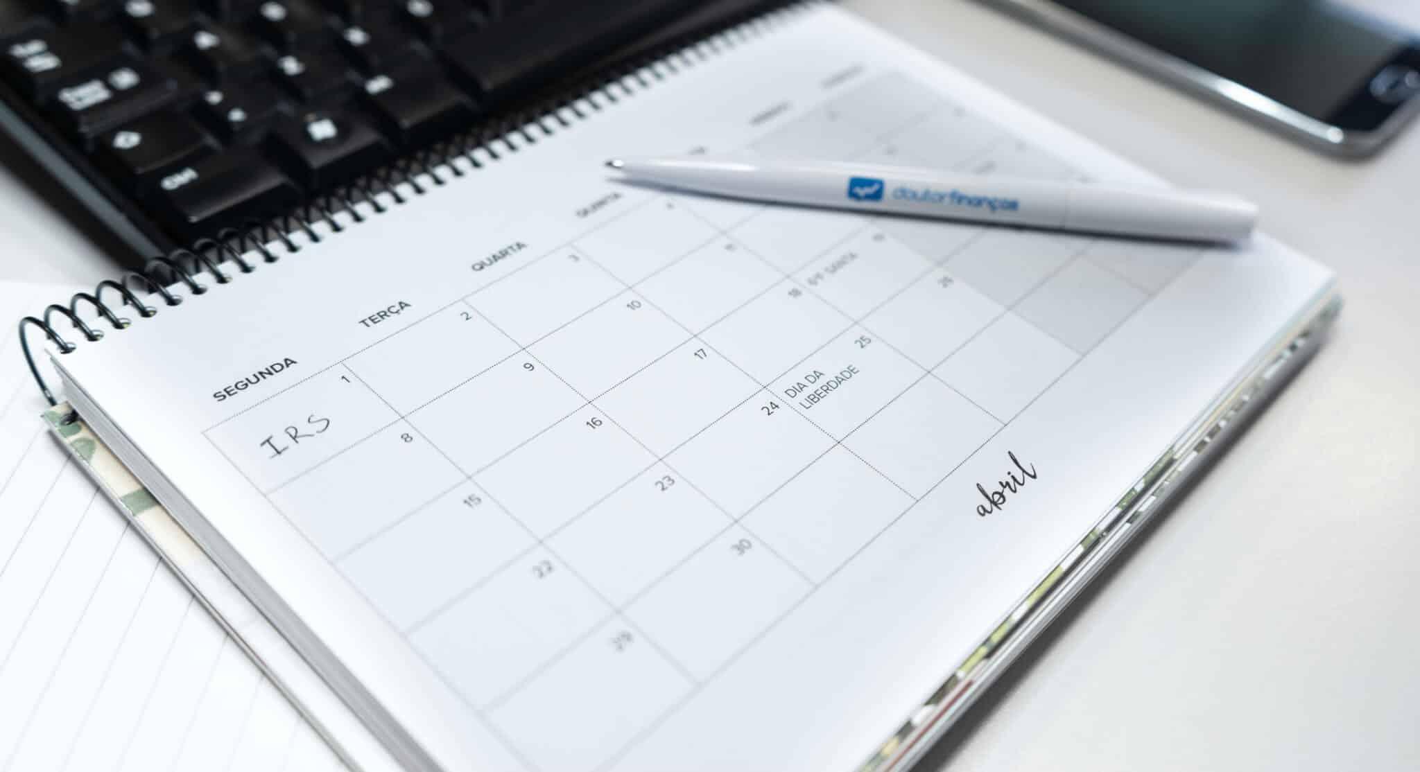 agenda aberta no mês abril para preenchimento do IRS