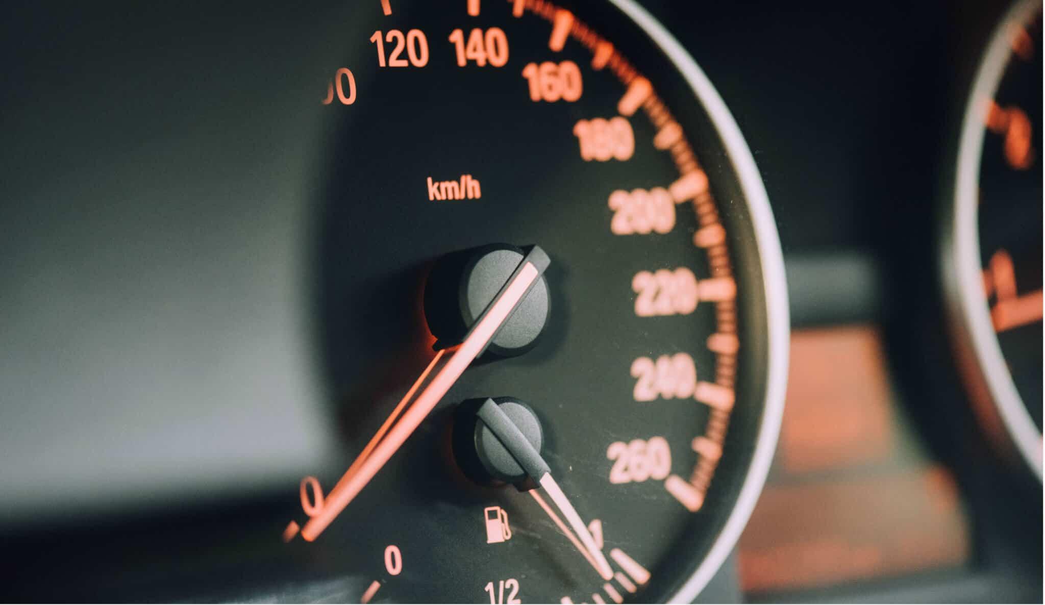 contador de quilómetros do carro